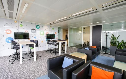 Next-generation offices for Unisys