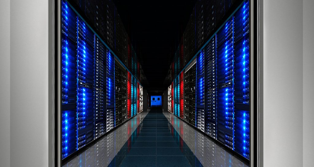 Does the future of information systems really lie in the public cloud?