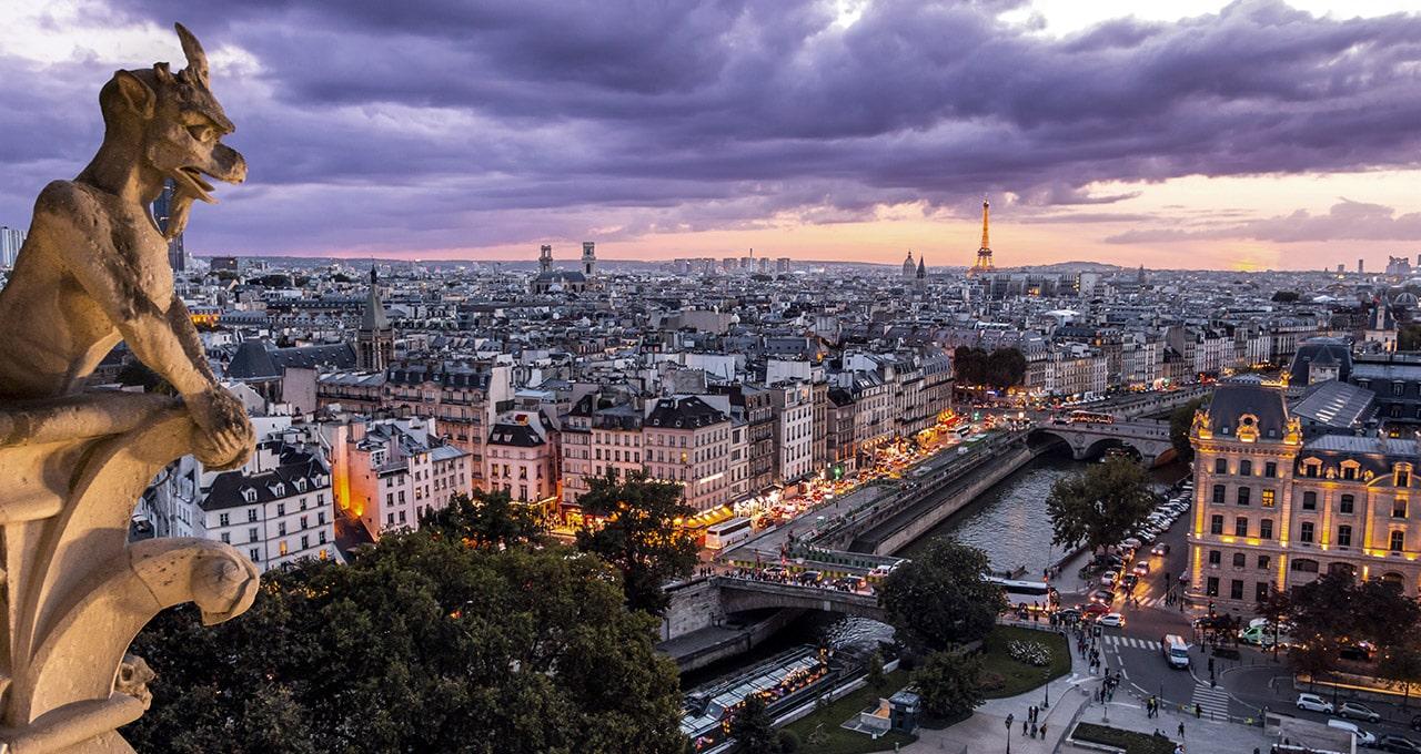 De la « Ville Lumière » aux « lumières de la ville »