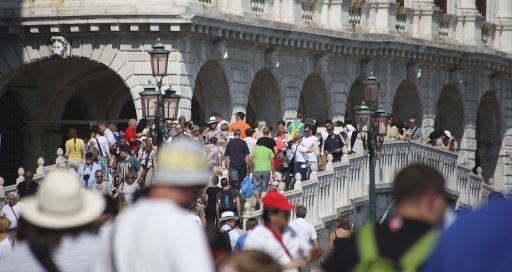 Venice plans to use AI to manage crowds