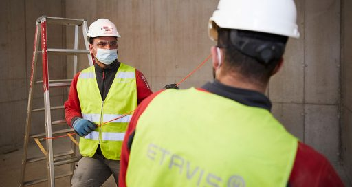 Innovative technology developed to help comply with safety distances on construction sites