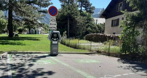 Eborn plugs into Easy Charge in France